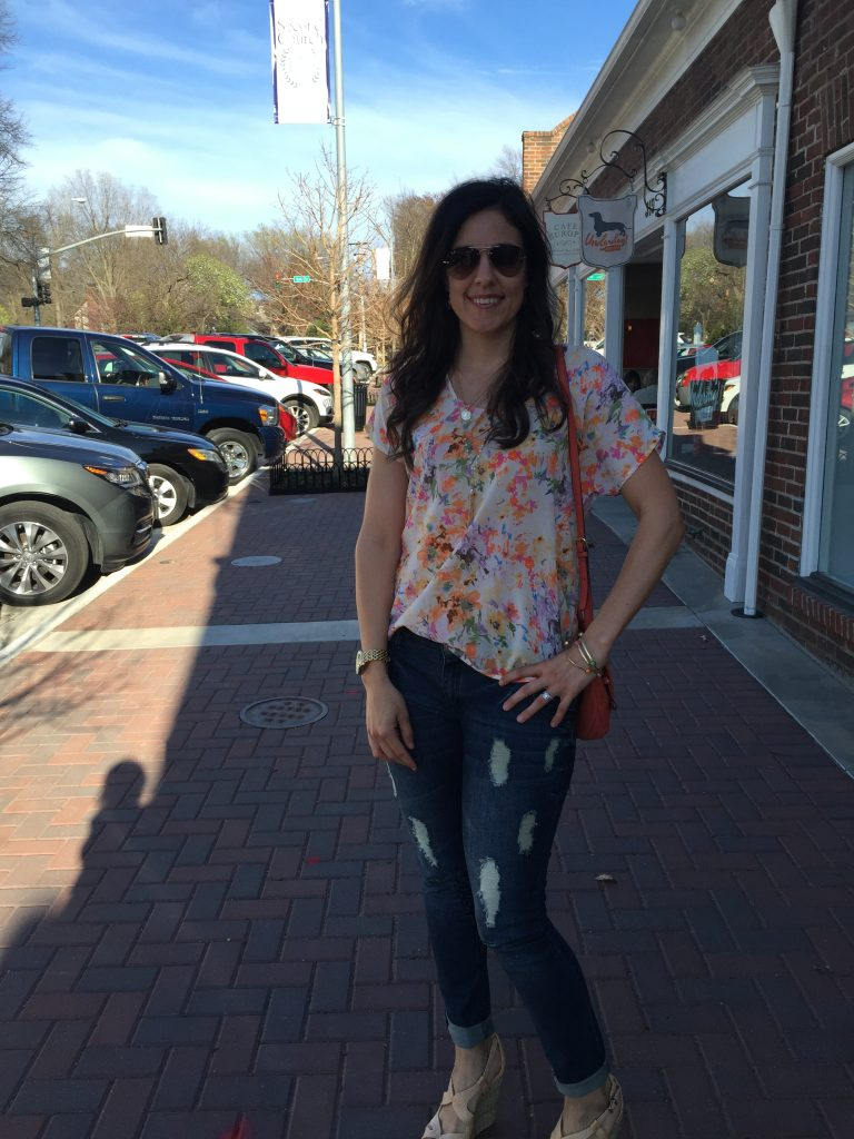 Orange floral top, how to wear wedges, tips for wearing florals, distressed jeans outfit, spring styling tips, outfits ideas for spring