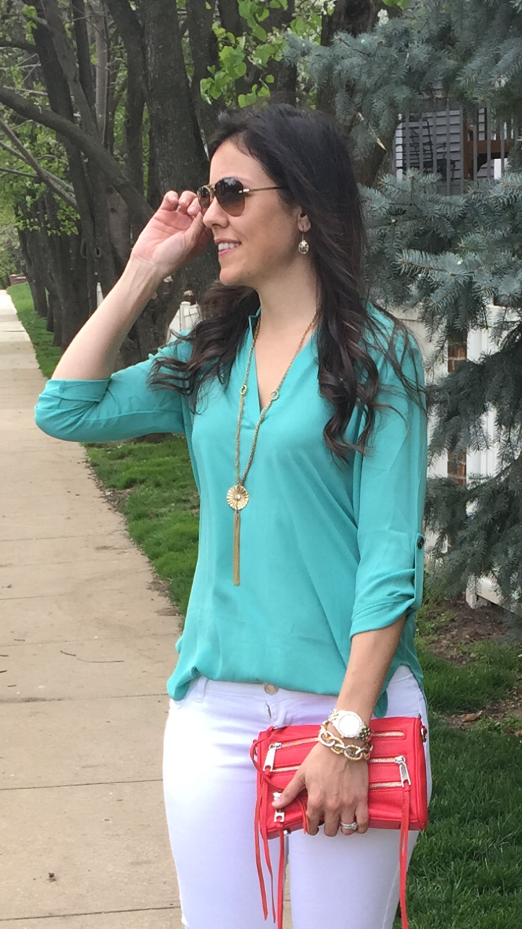 Teal Tunic | how to style white jeans | spring fashion | spring style | styling for spring and summer | warm weather | spring fashion tips