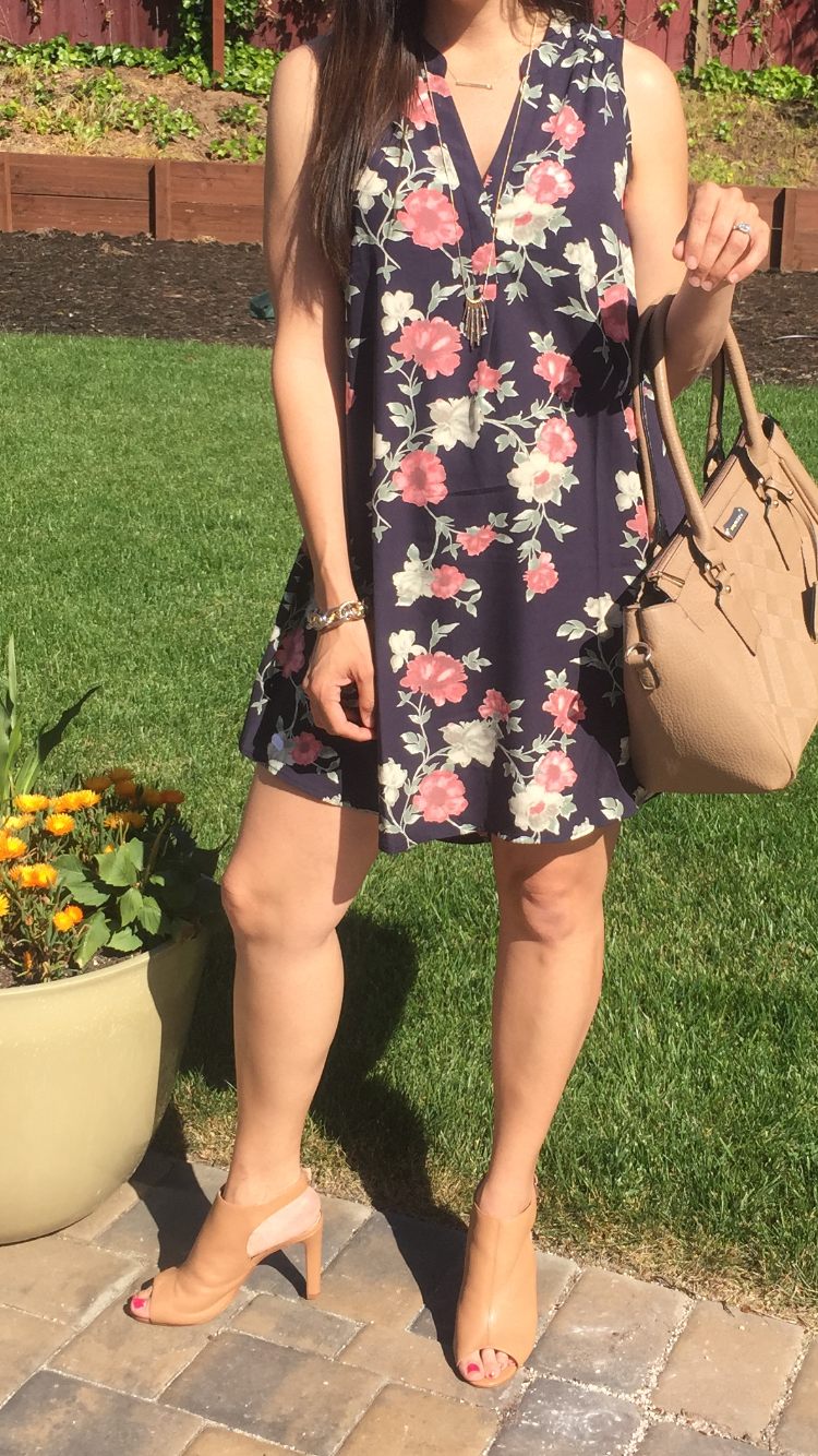 How to style a floral dress | spring style ideas | spring fashion tips | styling for spring and summer | warm weather fashion