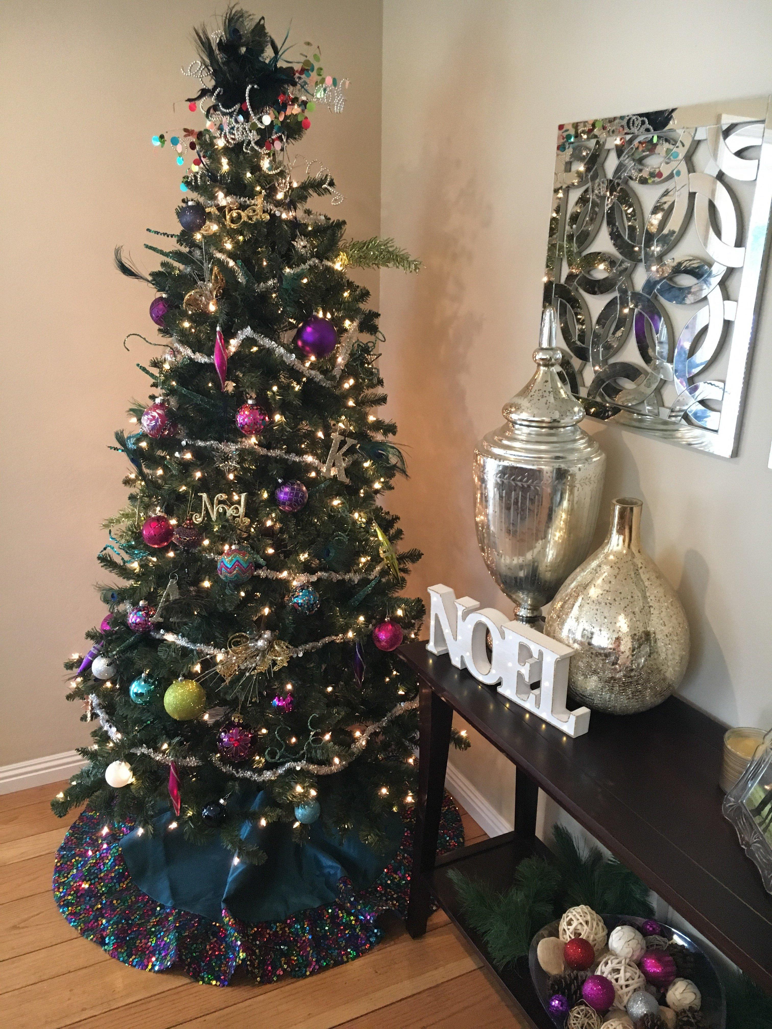 Christmas decor ideas | tips for decorating Christmas tree | how to decorate Christmas tree