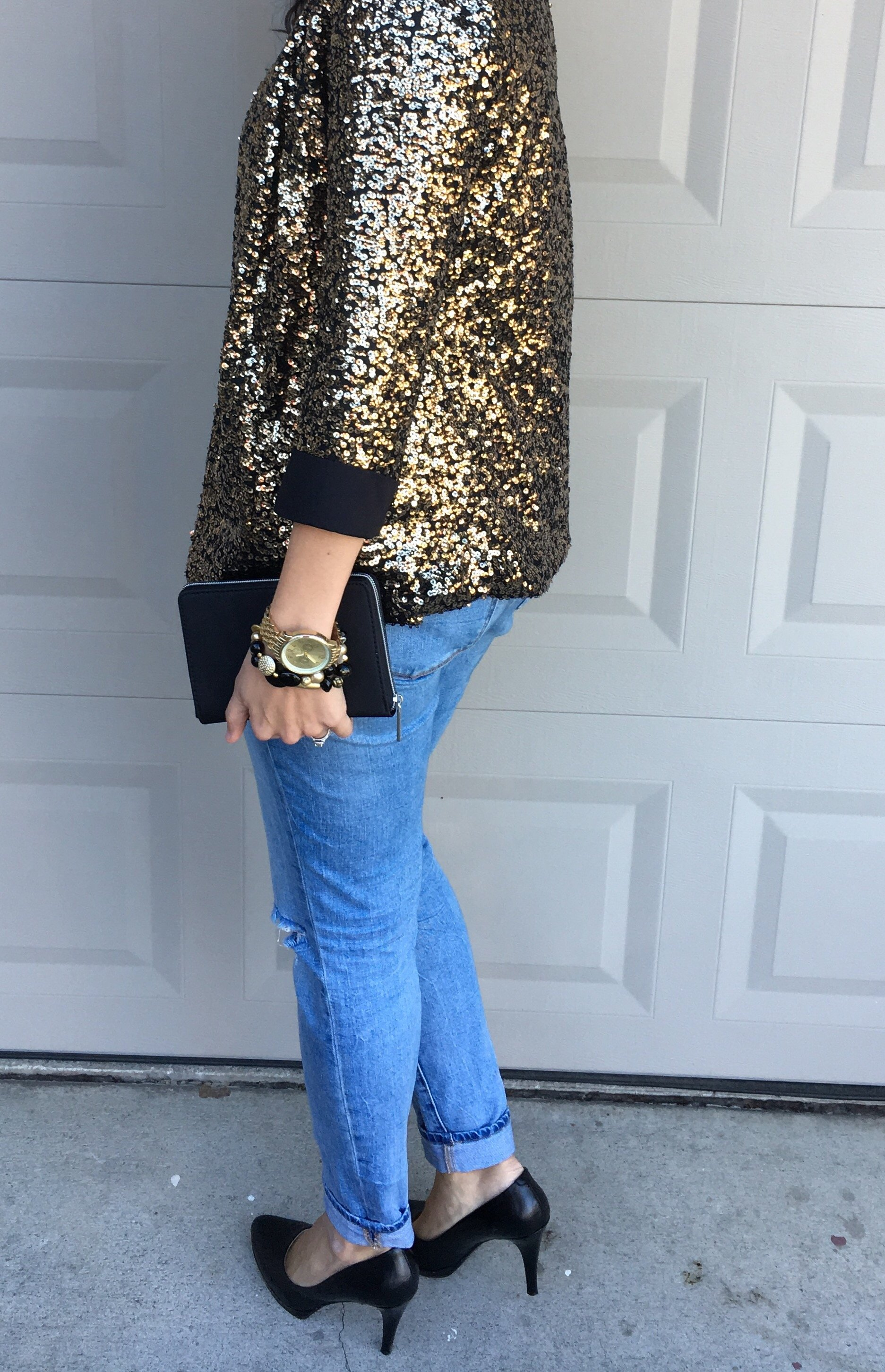 How to style a sequin blazer | winter style | fall and winter fashion | holiday style | holiday outfit ideas | cool weather