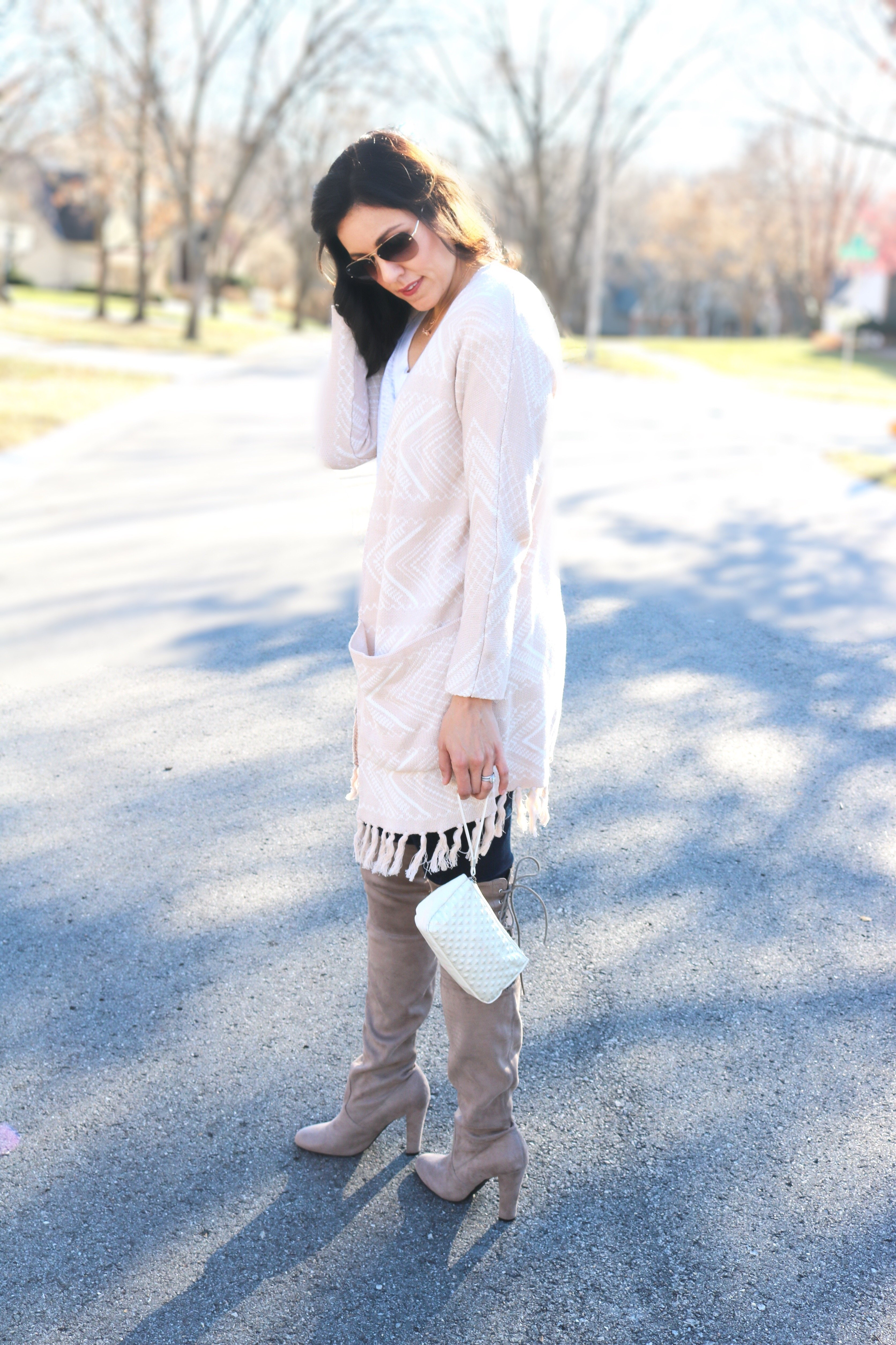 How to style a cardigan | fall and winter style ideas | fall fashion tips | cool weather fashion | styling over the knee boots | neutral fringe