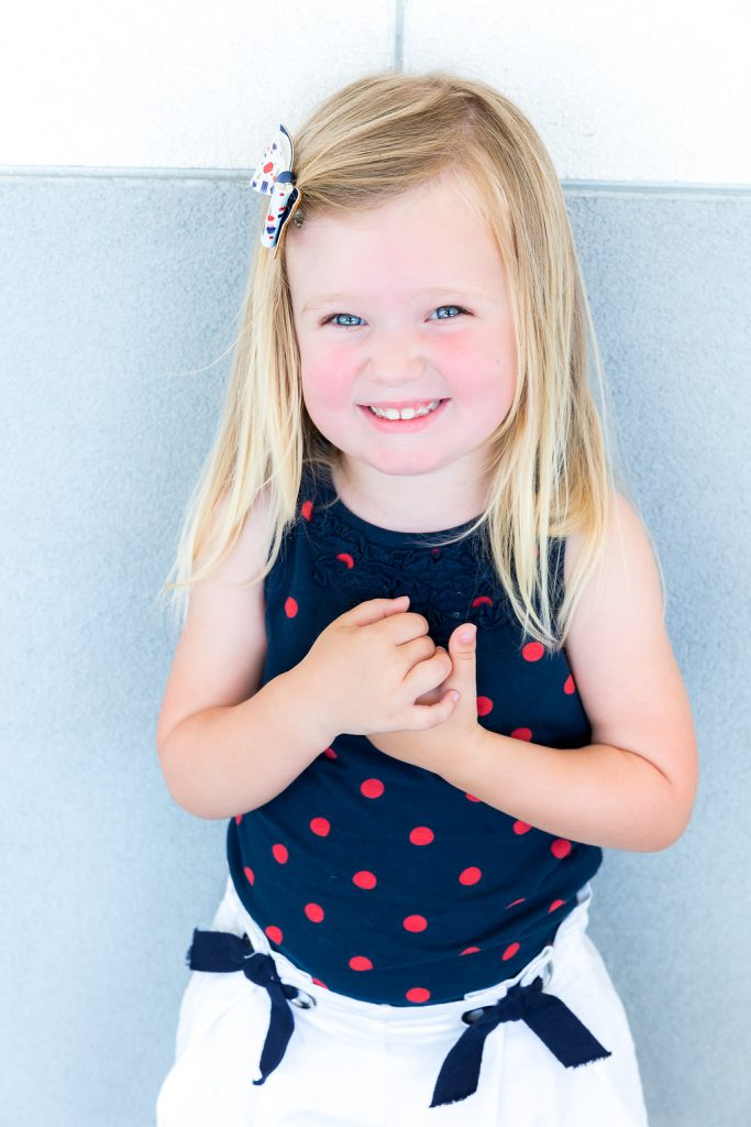 Styling an off the shoulder dress, Mom and daughter outfits, Mommy and me outfits, 4th of July outfits, how to dress for the 4th of July, Memorial Day outfit, holiday outfit tips