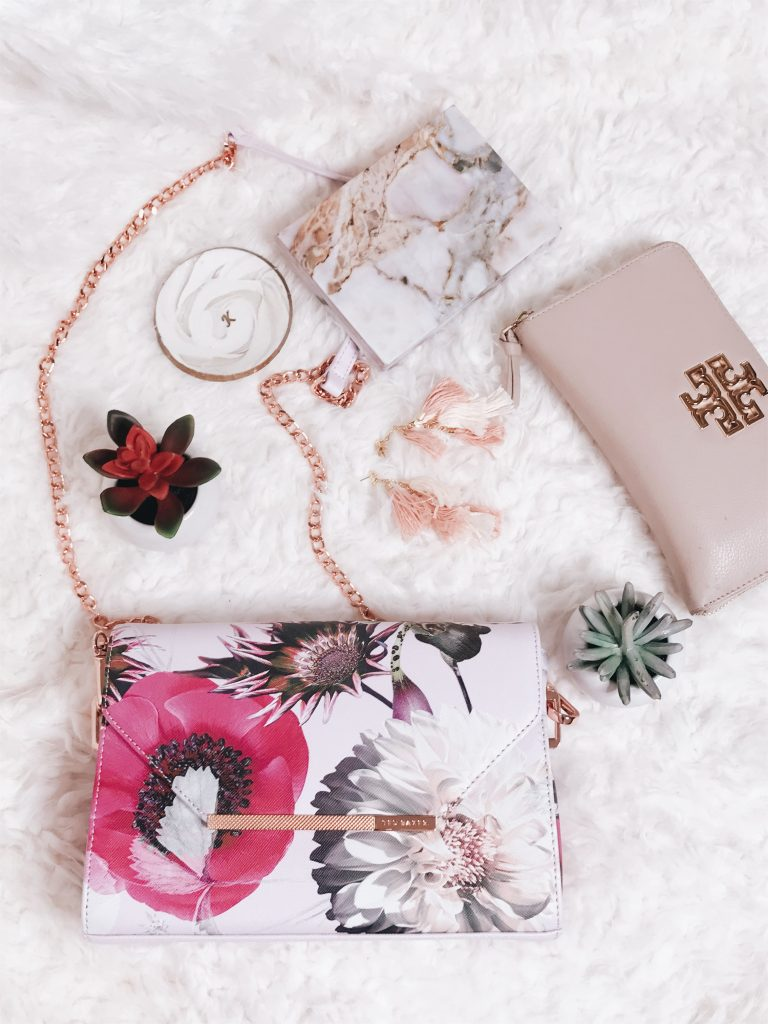 Accessories For Spring_